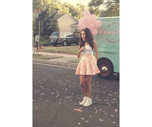 madison beer and melodies image