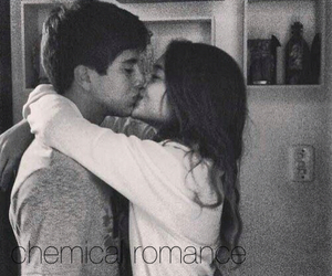 couple, love, and chemical romance image