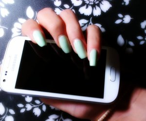 nails, perfection, and samsung image