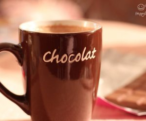 chocolate and cup image