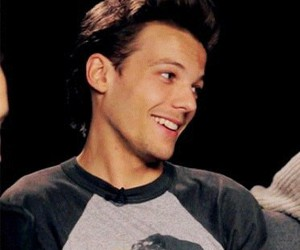 icon and louis tomlinson image