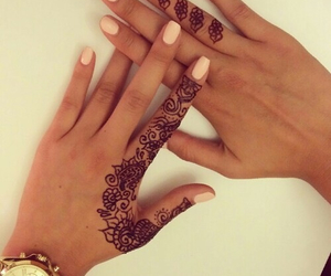 finger, gold, and nails image