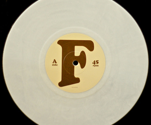 10, marble, and vinilo image