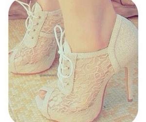 zapatos and tacones image