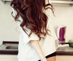 hair, sexy, and shirt image