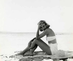 grace kelly image