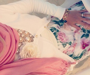 fashion, hijab, and muslima image