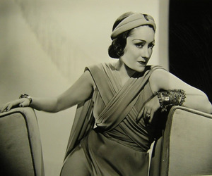 30s, old hollywood, and gloria swanson image