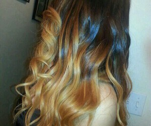 curled ombre hair and carmel blonde hair image
