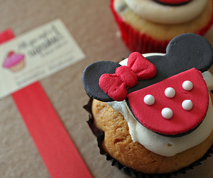 cupcake, food, and disney image