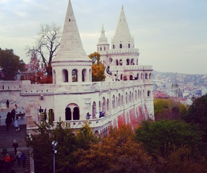 autumn, live, and budapest image
