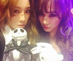 taeyeon, tiffany, and snsd image
