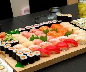 eat, food, and sushi image