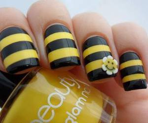 nails, yellow, and bee image