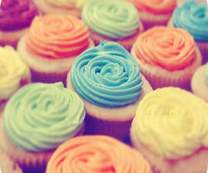 cupcakes, frosting, and yummy image
