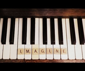 piano and imagine image
