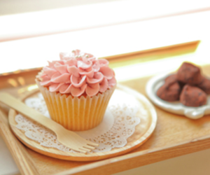 chocolate, cupcake, and flower image