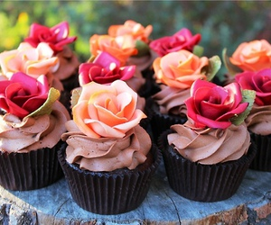 cupcakes, delicious, and roses image