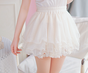 white, kfashion, and skirt image