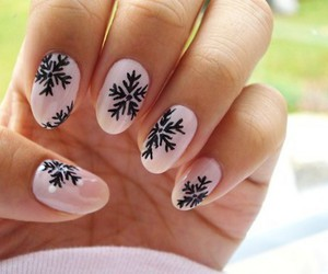 nails, winter, and pink image