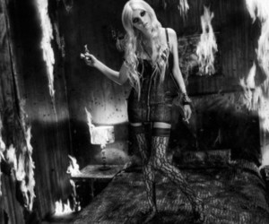 Taylor Momsen, the pretty reckless, and fire image