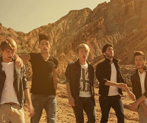 guys, singer, and auryn image