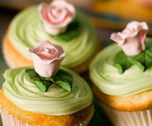 cupcakes and shabby chic bakery image