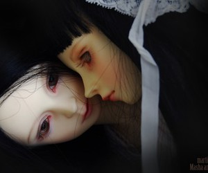dollfie and marti presents image
