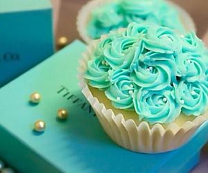cupcake and luxury image
