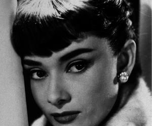 1953, vintage, and audrey hepburn image