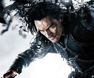 luke evans and dracula untold image