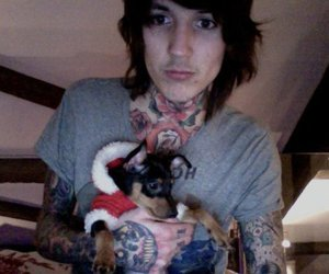 dog, oliver sykes, and oli sykes image