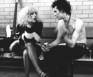 black and white, girl, and sid vicious image
