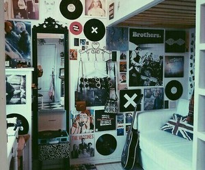 room, grunge, and music image