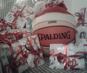 Basketball, geschenke, and merry christmas image