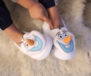 frozen, olaf, and pantoufle image
