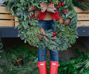 christmas, red, and wreath image