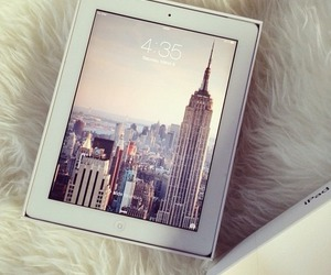 ipad, new york, and apple image