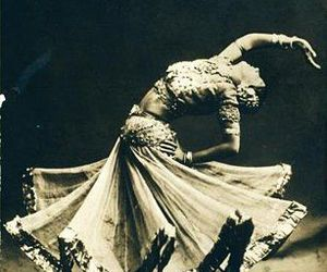 dancer, gypsy, and roma image