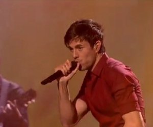 cantante, mtv ema, and enrique iglesias image