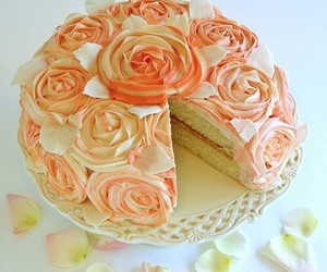 cake and roses image