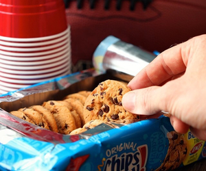 chips ahoy, Cookies, and dessert image
