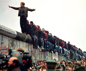 berlin wall, 1989, and berlin image