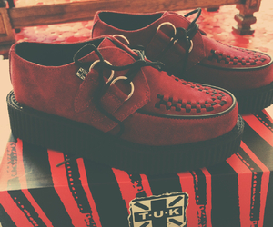 creepers, happy day, and red image