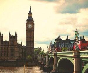 awesome, place, and london image