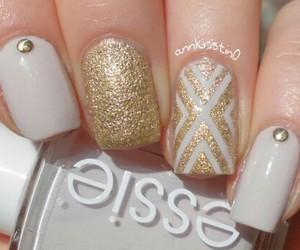 gold, beauty, and nails image
