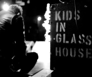 kids in glass houses image