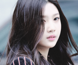 maknae, red velvet, and sooyoung image
