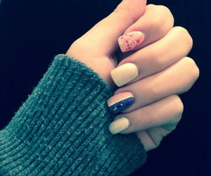 nails, pink, and violet image