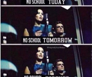 school, hunger games, and katniss image